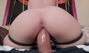 DBrunette llano pantyhose obtain load of shit abyss at hand her pussy