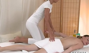 Animalistic love tunnel massage
